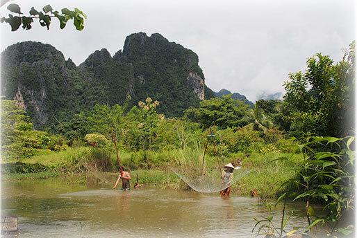 Laos-paysage-riviere-riz