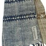 Echarpe en coton indigo filée et tissée à la main par les artisanes des villages du Laos - teinture naturelle, artisanat équitable - code 201216 f1c