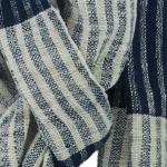 Echarpe en coton indigo filée et tissée à la main par les artisanes des villages du Laos - teinture naturelle, artisanat équitable - code 201222 f1b
