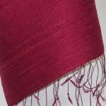 Echarpe en soie naturelle filée et tissée à la main par les artisanes des villages du Laos - artisanat authentique et équitable - code 201191-f2