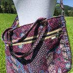 Sac en coton batik aux motifs ethniques, cadeau équitable confectionné à la main par des artisanes en Thaïlande - 10