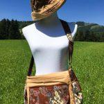 Sac en coton batik aux motifs ethniques, cadeau équitable confectionné à la main par des artisanes en Thaïlande - 11