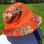 Chapeau en coton batik aux motifs ethniques, cadeau équitable confectionné à la main par des artisanes en Thaïlande - 21