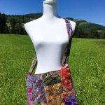 Sac en coton batik aux motifs ethniques, cadeau équitable confectionné à la main par des artisanes en Thaïlande - 24