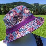 Chapeau en coton batik aux motifs ethniques, cadeau équitable confectionné à la main par des artisanes en Thaïlande - 8