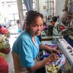 Artisane Frangipanier commerce équitable coton batik Thaïlande