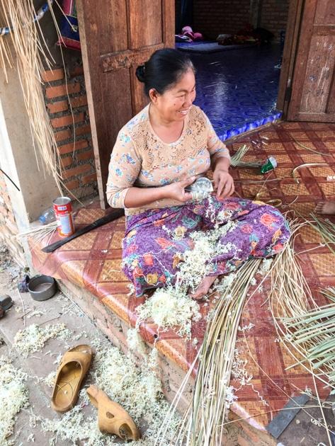 Frangipanier visite village du bambou au Laos - artisanat équitable et authentique - 4
