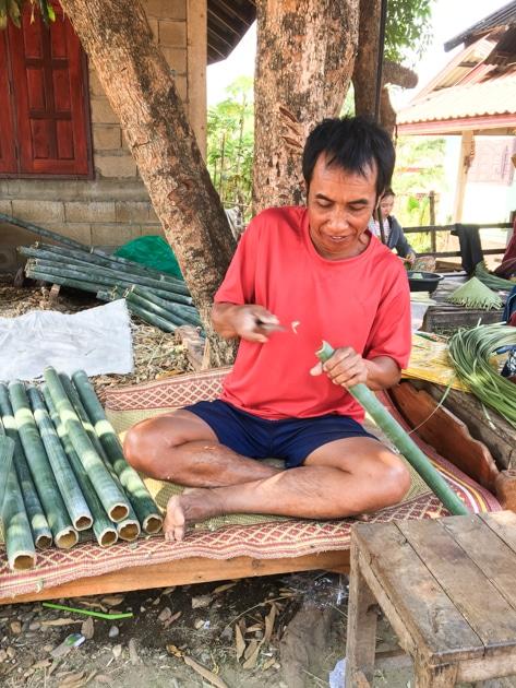 Frangipanier visite village du bambou au Laos - artisanat équitable et authentique - 8