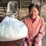 Frangipanier distribution de riz au Cambodge et au Laos pour les artisans des villages - 11